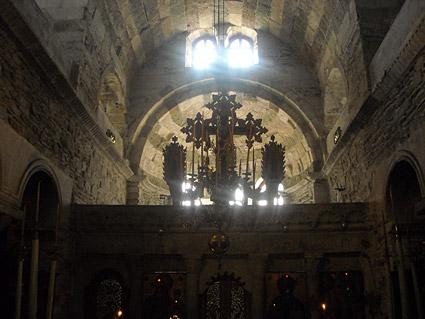 Οι θρύλοι της Παναγίας Εκατονταπυλιανής